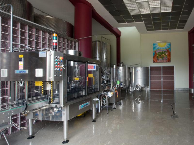 Macchine lavorazione vino